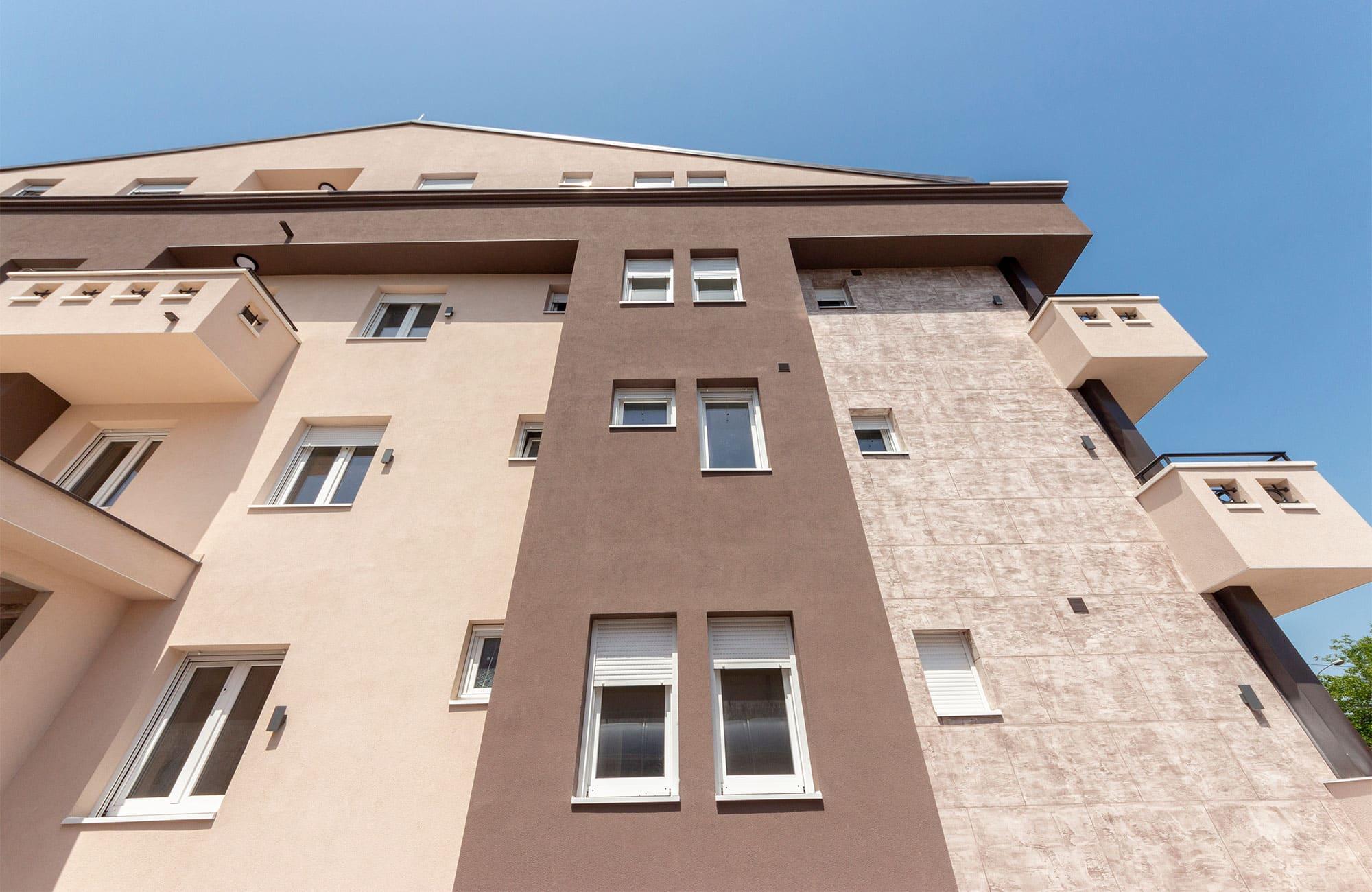 Kvalitetni PVC profili za prozore i vrata LB.Profile